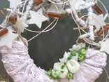 Step by step tutorial for making this Winter door wreath.